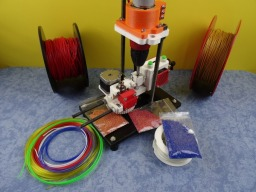 SHRED-Buddy3D UPcycler - Open Source Multi Material Cutter&Pelletizer